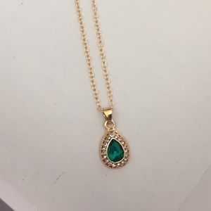 Jewelry - Emerald Green Faceted Crystal Teardrop Necklace